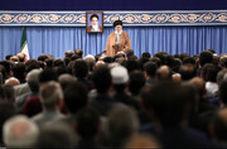 آیتالله خامنهای:گفتم این برچسب الکی از روی این لباسهای خوب تولید داخل کنده شود