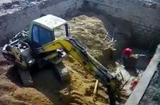 لحظه سقوط دیوار سیمانی روی 3 کارگر!
