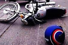 زنده ماندن موتورسوار پس از تصادف عجیب با تریلی هجده چرخ