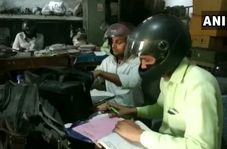 اقدام عجیب کارمندان هندی برای سالم ماندن