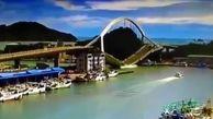 لحظه وحشتناک سقوط پل روگذر ۱۴۰ متری در تایوان