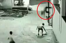 نجات معجزه آسای پسرخردسال هنگام سقوط از ساختمان