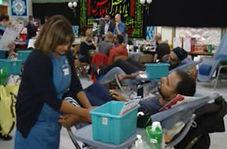 ترویج فرهنگ ایثار حسینی با اهدای خون در انگلیس!