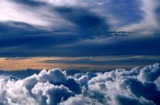 صداهای عجیب شیپور مانند از آسمان که موجب وحشت مردم شد