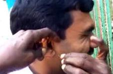 پاک کردن گوش توریستها، کاسبی جدید هندیها!