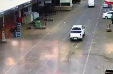 انفجار غیرمترقبه کانال فاضلاب در خیابان!