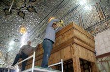 مراحل دیدنی از نصب نیمضریحهای خیمهگاه حسینی(ع) در کربلا