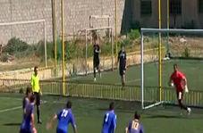 گلزنی داور در مسابقه فوتبال!