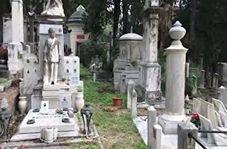 گزارش موبایلی معصومینژاد از گرامیداشت مردگان در ایتالیا