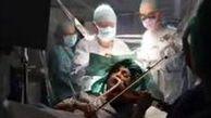 ویولن زدن یک بیمار حین عمل جراحی مغز
