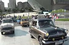 نمایش ماشینهای قدیمی در شهر!