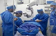 عمل جراحی وزیر بهداشت در مناطق زلزله زده استان کرمانشاه!