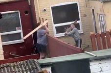 درگیری دو همسایه که جنگ تخته نام گرفت!
