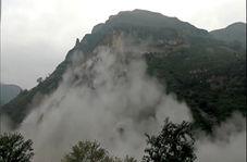 ریزش وحشتناک کوه در جاده + فیلم
