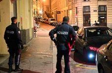 تصاویری از لحظات اولیه حمله تروریستی و شلیک به عابرین پیاده در وین