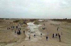 خوشحالی مردم در لحظه ورود آب به سد سیستان