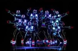 نسخه آمریکایی اجرای یکی از شرکتکنندگان «عصر جدید»