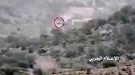 لحظه انهدام دو خودروی نظامی ائتلاف سعودی در یمن
