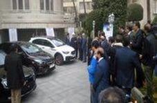 روحانی و جهانگیری پشت فرمان خودروی جدید ایرانی