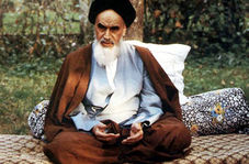 فیلمی کمتر دیده شده از امام خمینی(ره) در نوفل لوشاتو