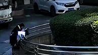 سقوط دختربچه خردسال به داخل استخر در حضور مادرش