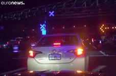لحظه کشیدن پلیس آمریکا با خودرو در فلوریدا