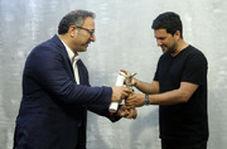 جایزه جشنواره شانگهای به دست حامد بهداد رسید