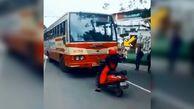 درس عبرتی که یک زن به راننده متخلف اتوبوس داد
