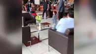 دختر ماهینی دست در دست برانکو دشر فرودگاه