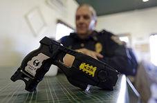 اخراج مامور پلیس به دلیل برخورد خشونت آمیز با یک مظنون