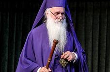 وقتی عشق به حسین(ع) مرزهای دین را شکانده و یک کشیش مسیحی را راهی کربلا میکند