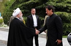 استقبال رسمی روحانی از نخست وزیر پاکستان